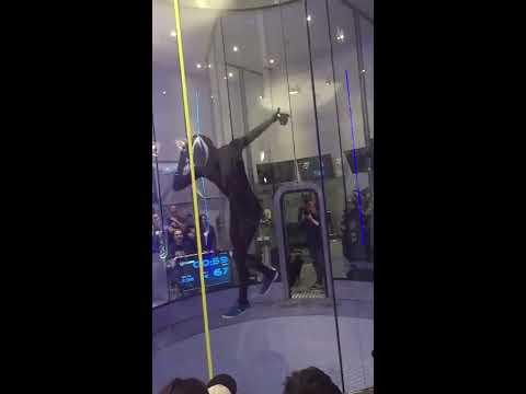 Amazing Zero Gravity DANCE ! WindPower 2016 !