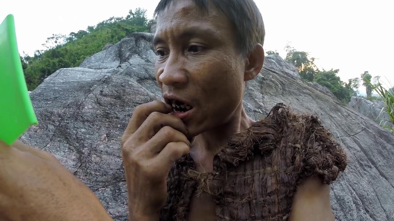 Looking At His Face  Real-Life Tarzan 611 - Youtube-4635