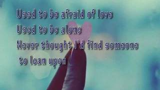 You Are - Laura Pausini ( with lyrics )