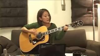 2013/1/27(日) 森恵さんのUSTREAMライブより Megumi Mori is a rising...