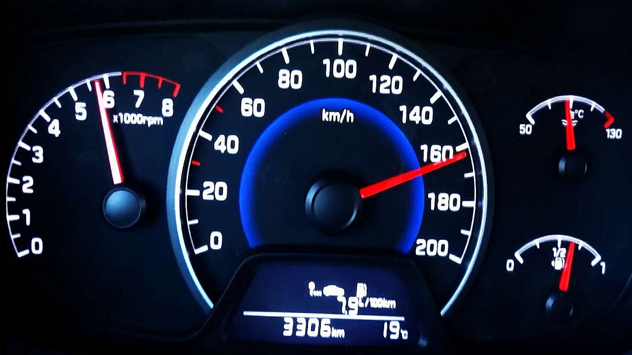 Hyundai I10 Sound 0 100 Acceleration Top Speed Youtube