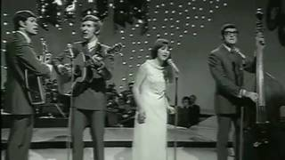 The Seekers(Judith Durham) The Carnival Is Over 1968