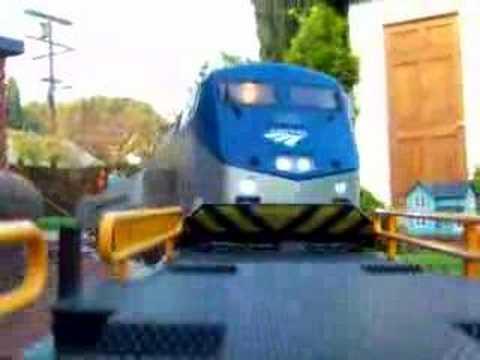 Onboard LGB Model Amtrak Genesis AMD P42 – Crash ending