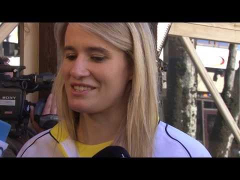"""Natalie Geisenbergers """"Schlitten heißt nicht Schatzi""""   Olympische Winterspiele Sotschi 2014"""