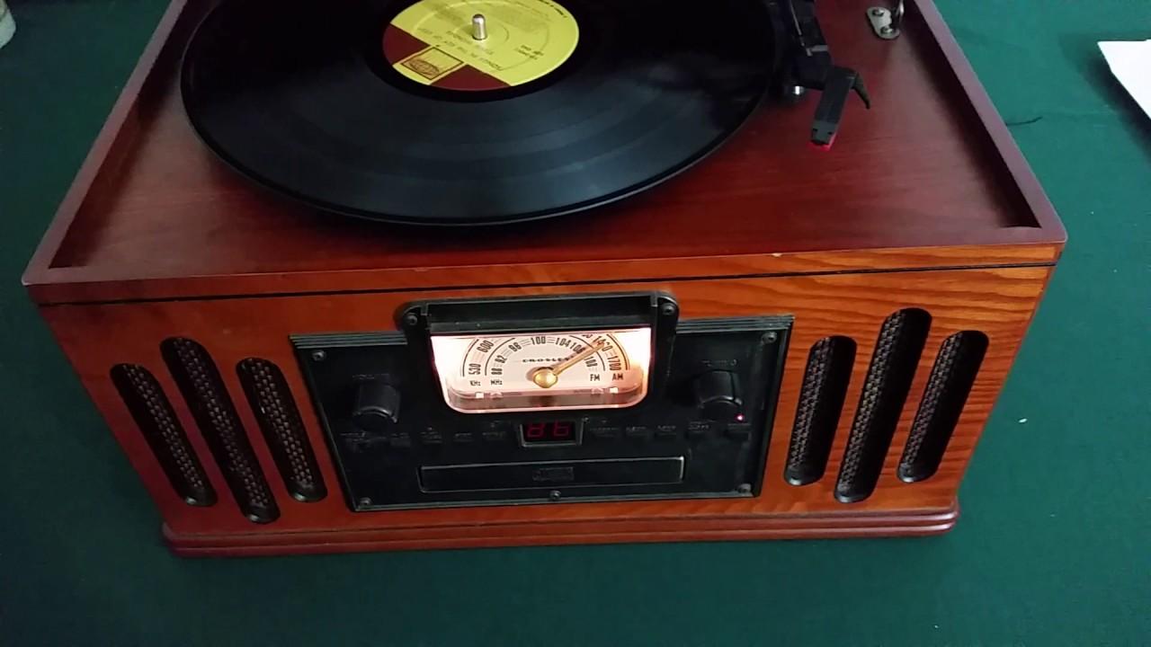 CROSLEY Model CR74 Music Entertainment Center Turntable/Cassette/CD/AM FM  Radio