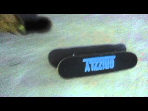 Veja o video -Lil skateboard DGK:)