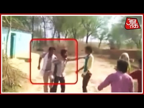 Villagers Beat Cops In Jhansi, UP