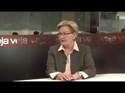 'A Dilma cometeu erros porque fez o diabo para ganhar em 2014'