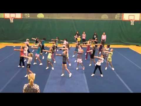 Cheerleading pee wee style cute