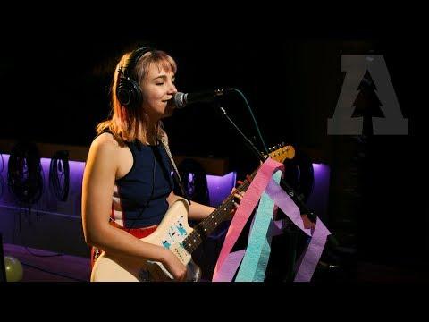 Beach Bunny 6 weeks | Audiotree Live