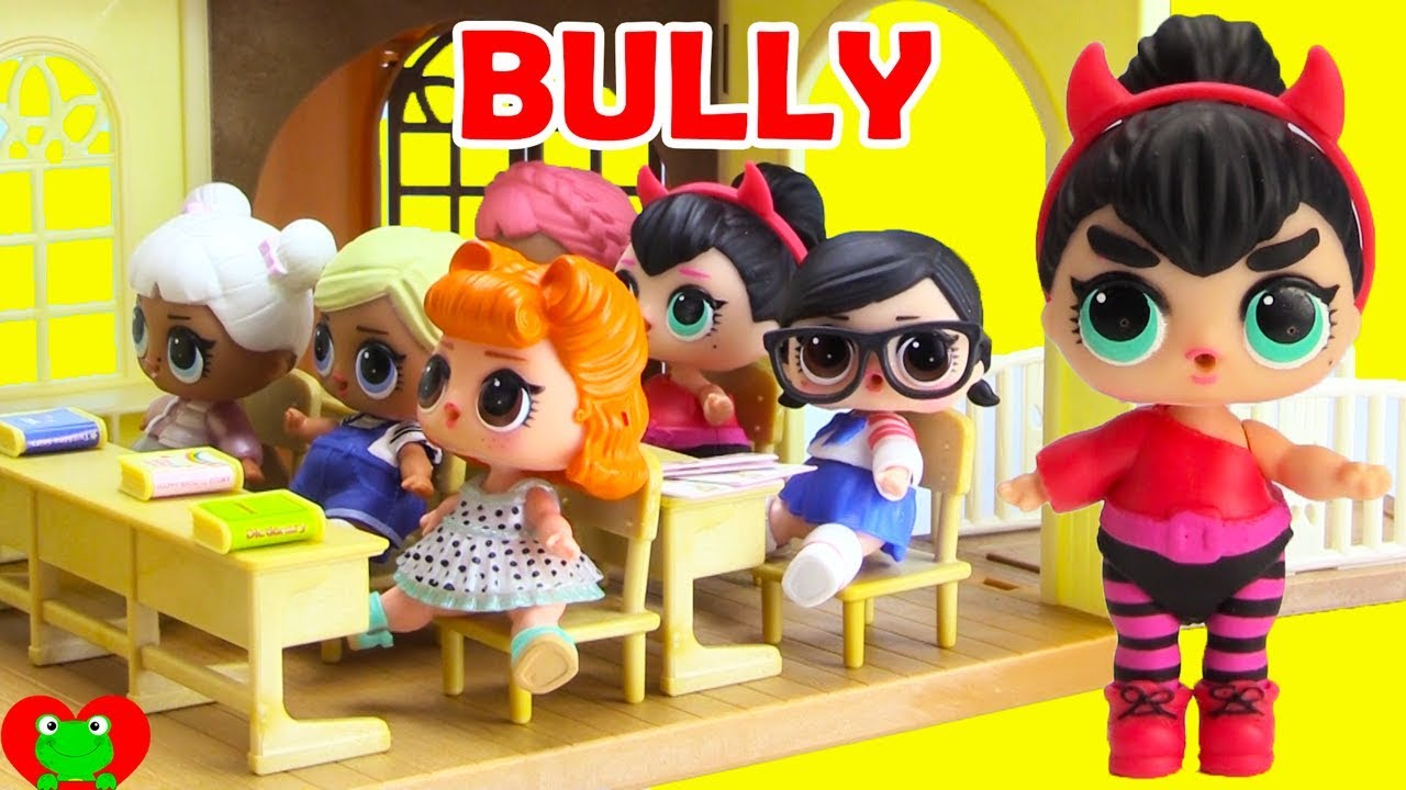 LOL Surprise Dolls and The School Bully. Toy Genie Surprises