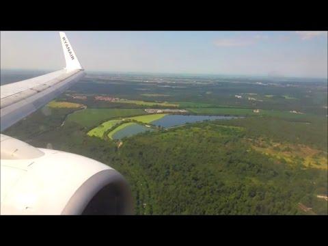 Ryanair Boeing 737-8AS | London Stansted to Milan Malpensa *Full Flight*
