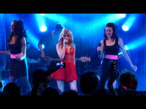Kylie Minogue - Sexercize and WoW (i Heart Radio Secret Gig Melbourne 26/4/14)