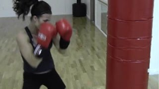 BURN FAT FAST WITH THIS BOXING ROUTINE! HEAVY BAG CIRCUIT AND WEIGHT LOSS WORKOUT