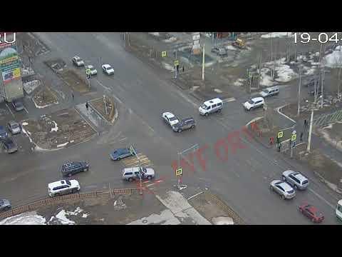 Наряд ЧОП разбил два авто в Нижневартовске
