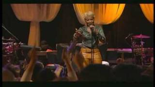Mary J. Blige - Love No Limit (Live From The House Of Blues)