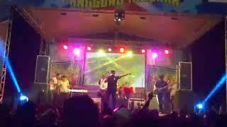 "Download Video Pecah banget!SKA-one ""salam rindu"" by tipe x live MP3 3GP MP4"