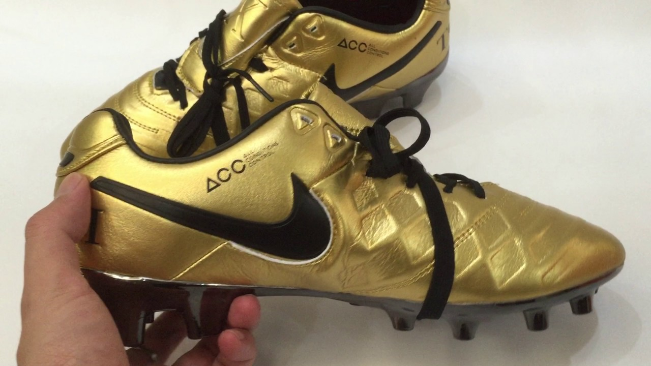 new product d5a6c 20d80 Unboxing Nike Tiempo Totti X Roma FG Golden Black Boots