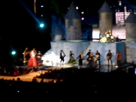 taylor swift- love story - cleveland Quicken loans arena