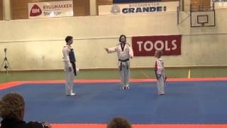 vuclip Taekwondo Show Fight. Aaron Cook VS Frederik Emil Olsen.