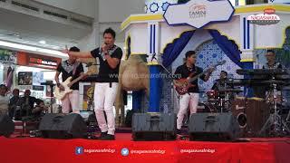 """Abad 21 """"Menangis Dalam Sujud"""" Live Perform di Acara Salam Religi 2018 Tamini Square Jakarta"""