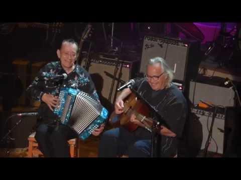 Flaco Jimenez with Ry Cooder, Ingrato Amor