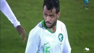 أسمع ماذا قال المعلق العماني في مباراة السعودية و عمان بعد تسجيل البحرين هدف تأهلها لرابع  في الكويت