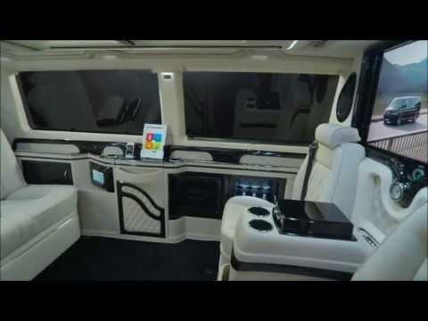Prince Albert II of Monaco besucht TopMarques 2013 KLASSEN Business Luxus VAN