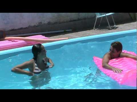 Lindas na piscina youtube for Piscinas lindas
