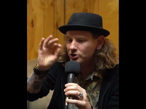 Slipknot's Corey Taylor has 26 songs written for possible solo album - interview posted