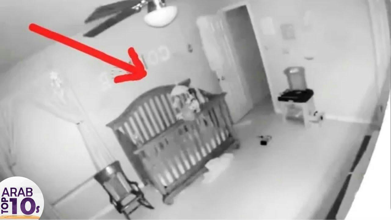 شك الأهل في تصرفات صغيرهم .. فوضع كاميرا مراقبة .. و عندما فتحوا الفيديو شاهد ماذا وجدوا