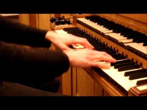 Вопрос: Как научиться играть на органе?
