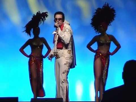 Mike Lott as Elvis at The Mirage in Las Vegas 2009