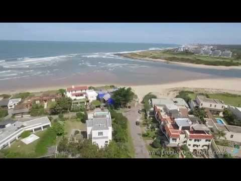 Video aéreo e la Barra de Maldonado, Uruguay desde lo Alto