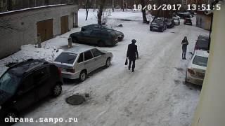 Падение наледи с крыши (Петрозаводск говорит)