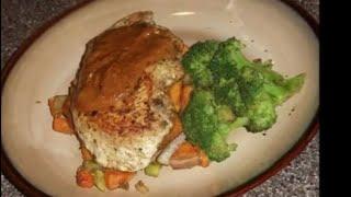 Pan Seared Chicken With Tomato Cream Sauce And Veggies