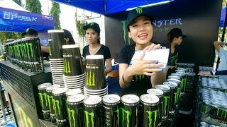 Thời buổi này mở miệng xin nửa ly nước Monster cũng vất vả lắm...