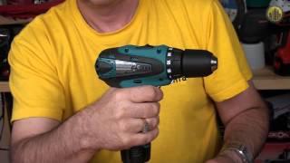 Аккумуляторная дрель шуруповерт Makita DF330DWLE(Видеоролик демонстрирующий аккумуляторную дрель шуруповерт Makita DF330DWLE. Для получения более подробной инфор..., 2013-09-24T14:29:59.000Z)