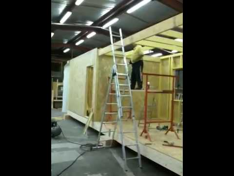 maison modulaire bois youtube. Black Bedroom Furniture Sets. Home Design Ideas