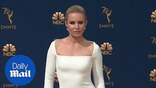 Kristen Bell is a vision in white at the 70th Emmy Awards