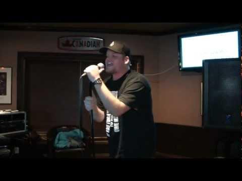 Karaoke Idol 2011. Andrew singing The Offspring - Hit That