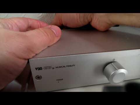 V90-AMP Musical Fidelity Hissing