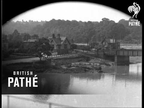 The Road - A Bristol - Avonmouth Study (1933)