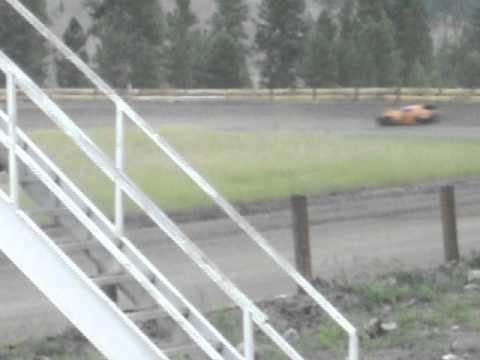 Eagle Track Raceway Modified Main Event (Dan Olson Crash) Aug 3rd 2013