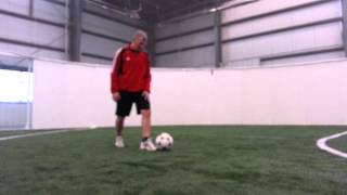 Soccer Juggling Lift: Diego Maradona Outside of Heel Opposite Foot