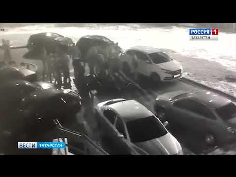 В Казани представители двух молодежных группировок устроили массовую драку