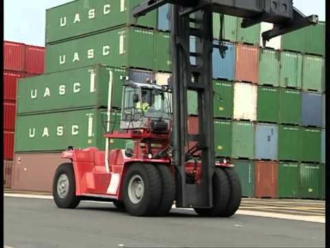 Kalmar DCF410-CSG loaded container handler