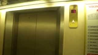 Amazing Dan-Elevator Traction Elevators/Lifts (forelifts), Cruiseferry M/S Viking Cinderella