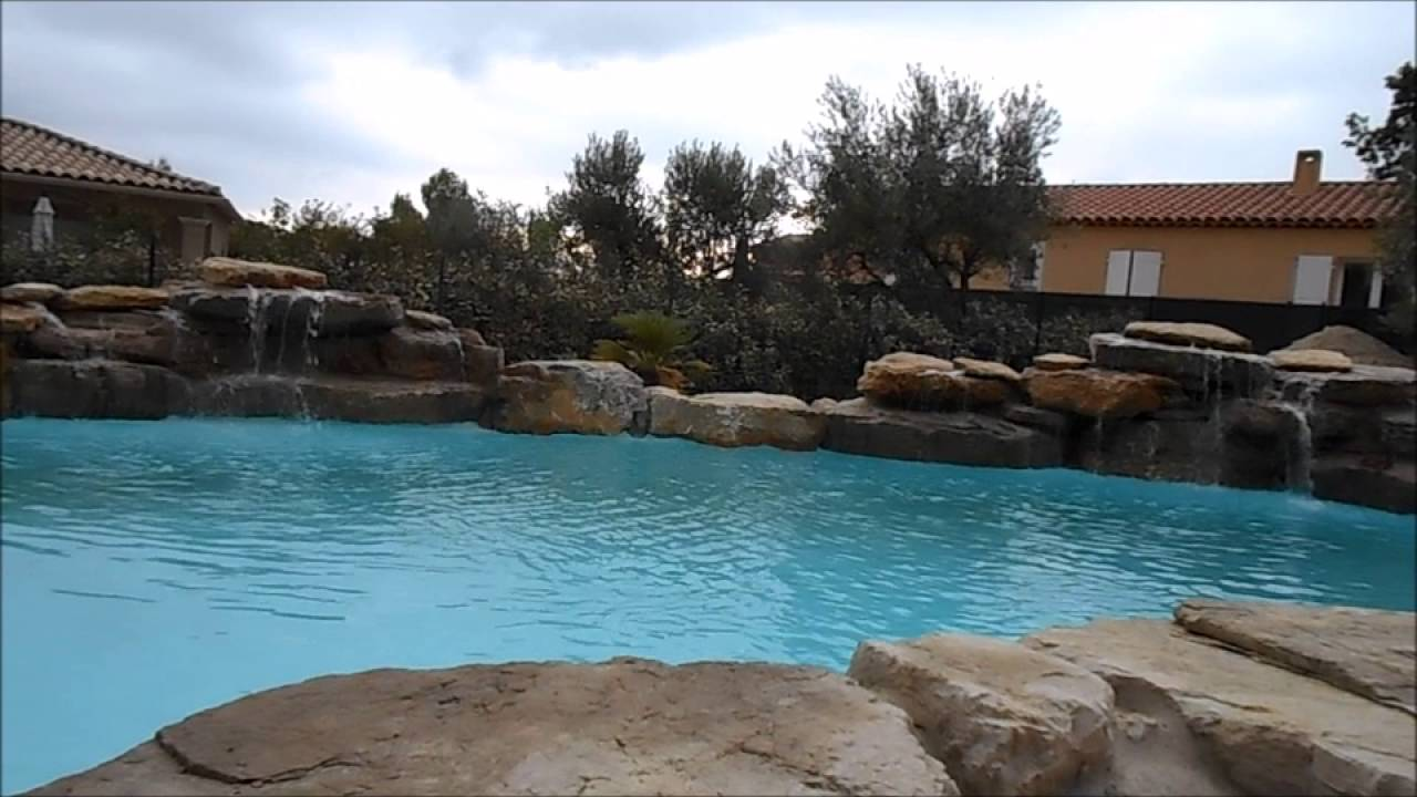 piscine cascade rochers naturels youtube. Black Bedroom Furniture Sets. Home Design Ideas