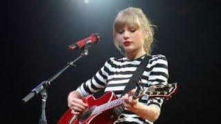 Taylor Swift - Starlight (Live at The RED Tour)